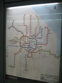 IMG_2318地下鉄路線図.JPG