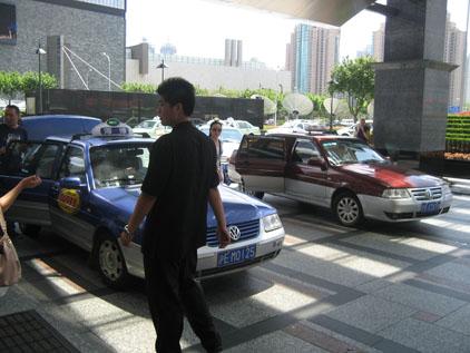 IMG_2340タクシー.JPG